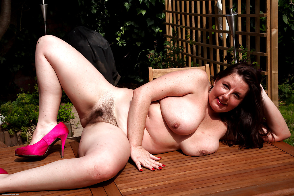 Jessica Jaymes Rides Dick On The Couch In A Pink Thong