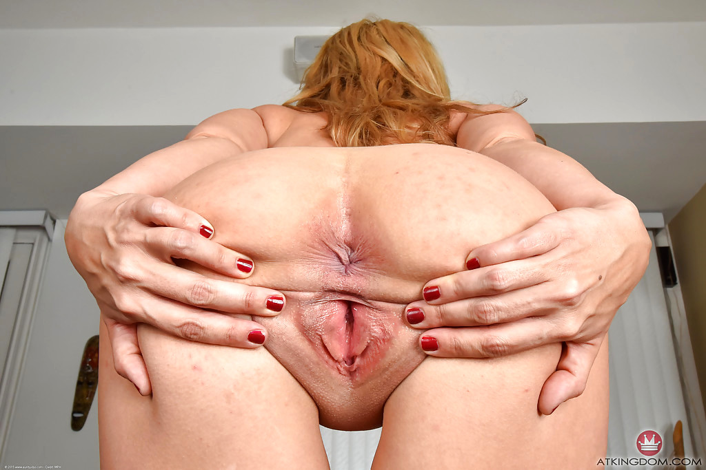Close Up Mature Pussy On Xhamster The Sex Sislovesme 1
