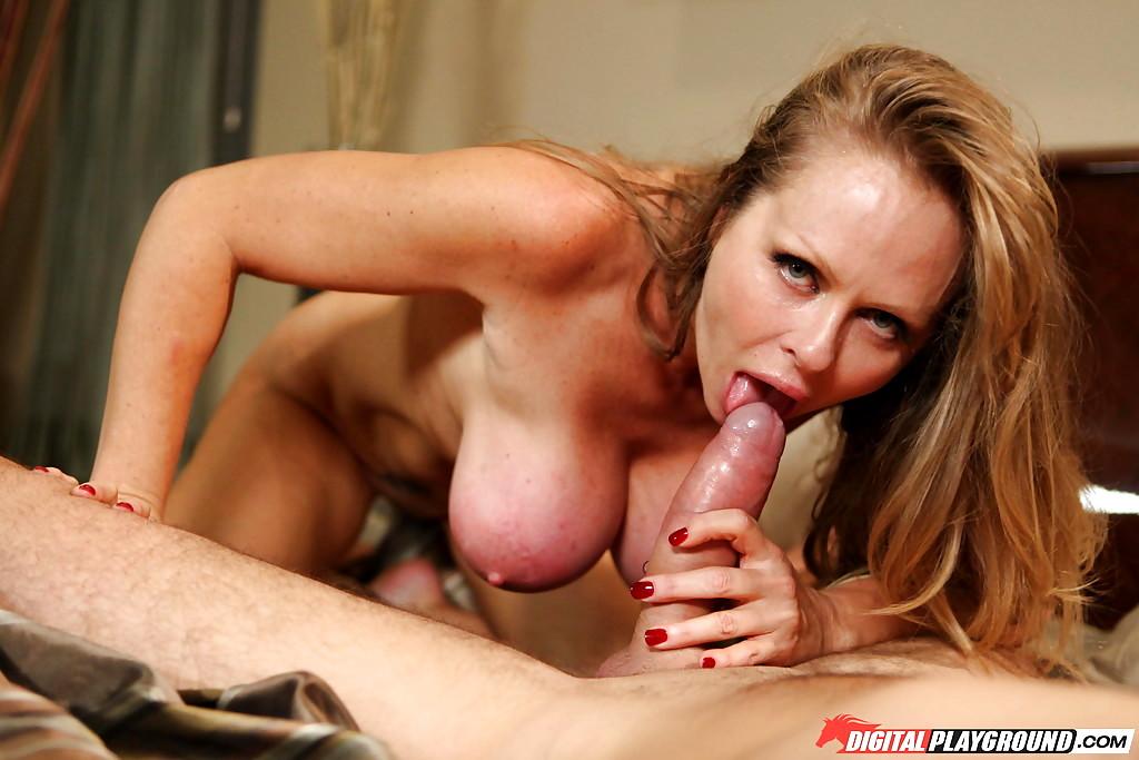 Showing Porn Images For Dyanna Lauren Milf Fuck Porn