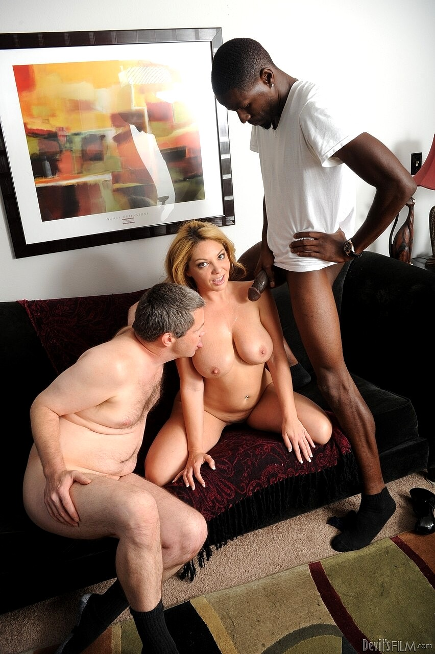 Watch bisexual cuckold creampie eater free