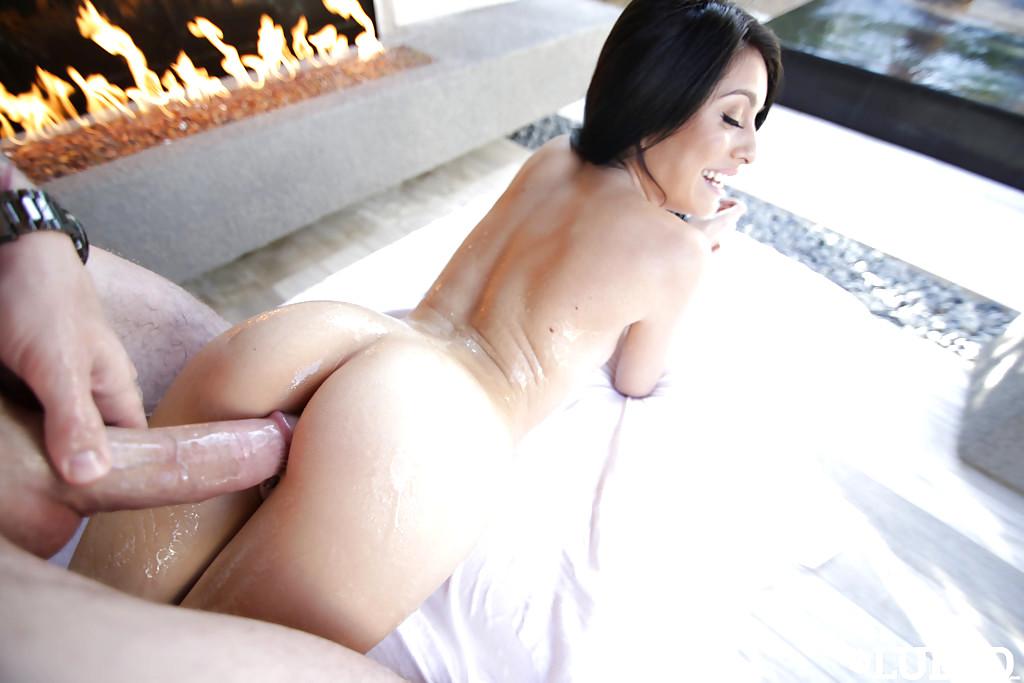 Free Kira Adams Porn Pics