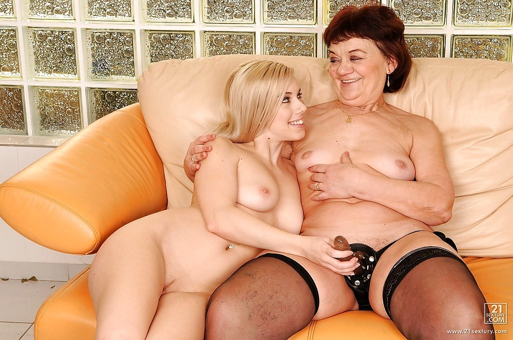 Old young lesbians