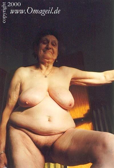 Oma nackt geile Sex Alte