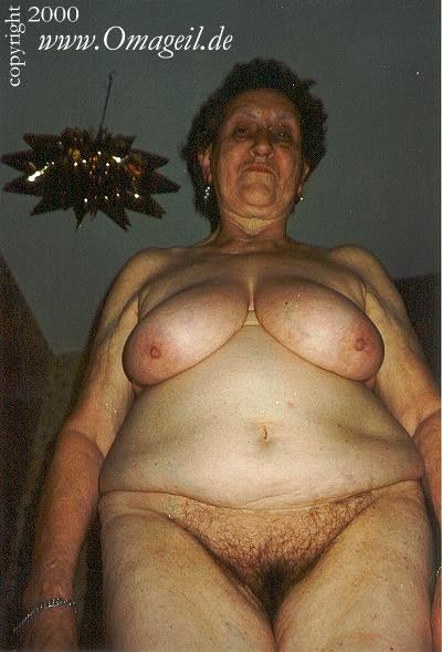 Oma nackt geile Nackte Frauen