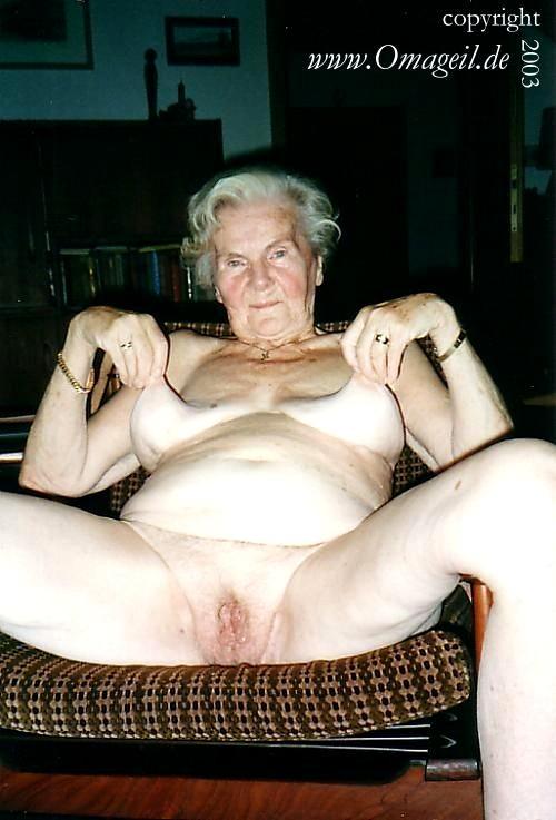 De www omageil Oma Granny