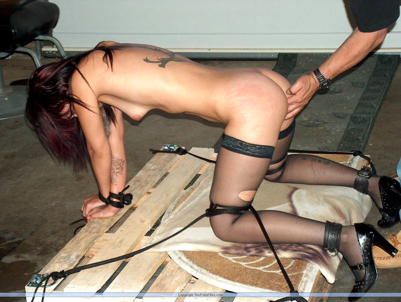 Проститутки бдсм фото фигуристую проститутку