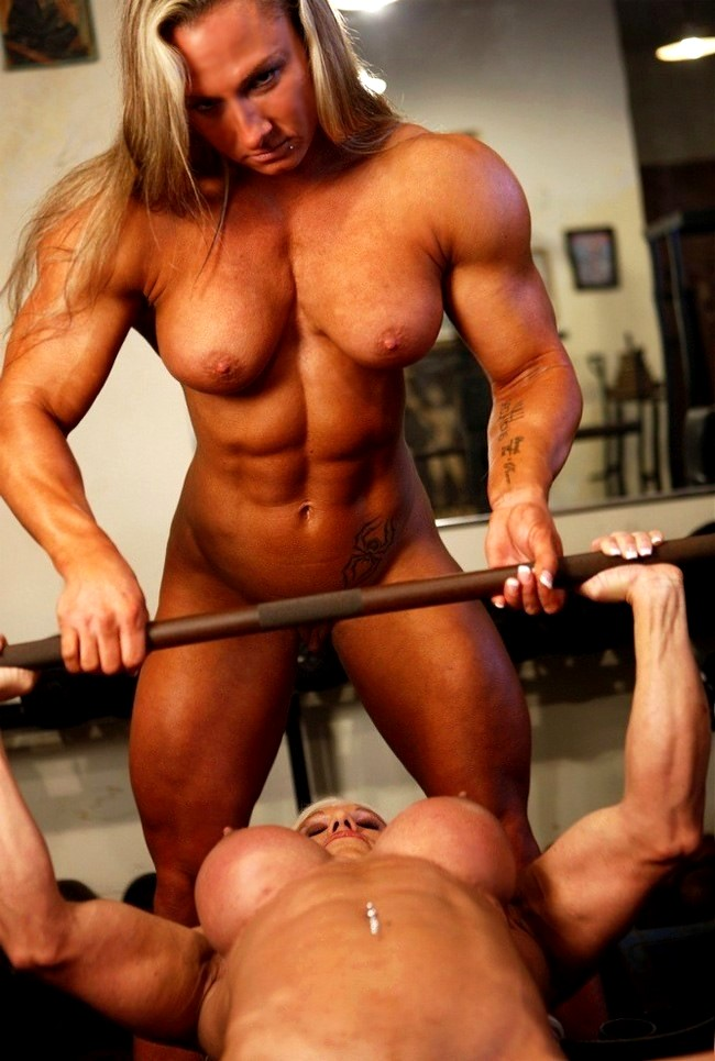 Muscle Serviced Gay Porn Sex Pics In High Quality